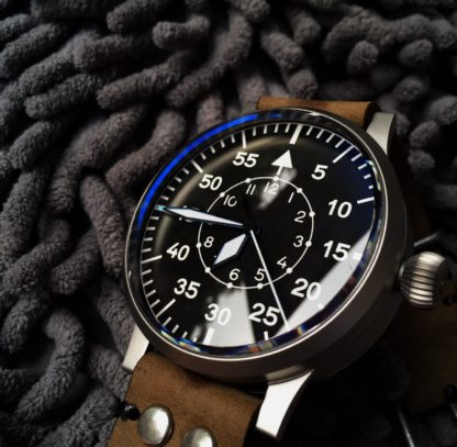 av001r type b pilot watch